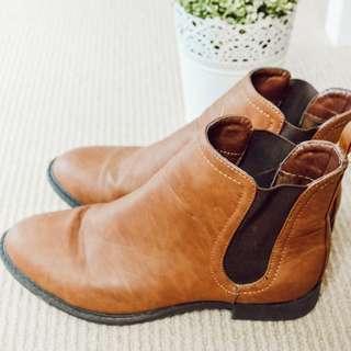 Rubi Tan Boots (Size 38)