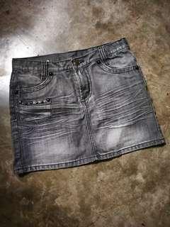 Mini Skirt Size 29