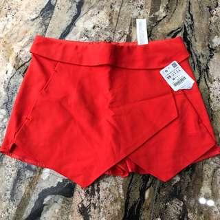 NEW! Zara Short pants