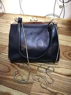 KIYTO Leather Sling