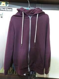Sweater Bershka ukuran XS