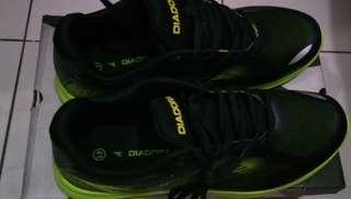 Sepatu Kets Diadora Original