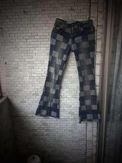 義大利款 個性小喇叭牛仔褲 修身伸縮