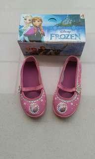 #momjualan #jualanibu Sepatu Anak merk Disney