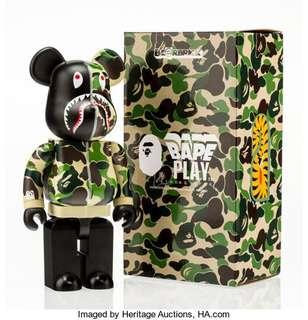 WTB / LOOKING FOR BAPE Bearbrick 400% (Refers to pictures)