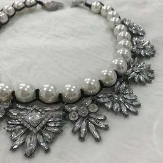 Pearls & stones necklace