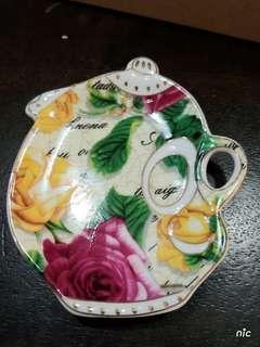 Teapot Shape Porcelain Saucer