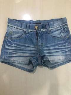 celana pendek / shorts