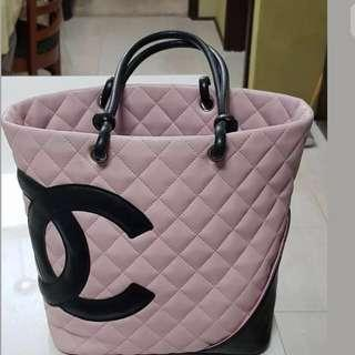 Authentic Chanel Cambon Lamb skin Pink/Black