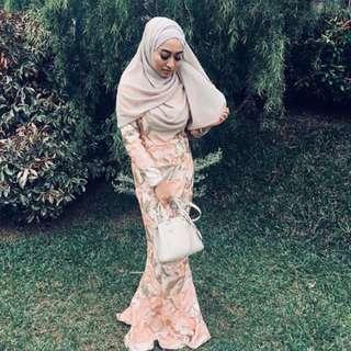 👭 Zalia Peach Gold Mermaid Embellished Dress