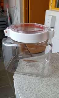 Lustroware KEEPOT日本製透明高耐熱密封罐1.6L  0