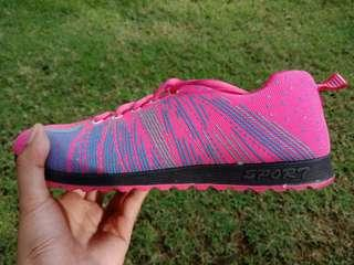 Preloved sport shoes