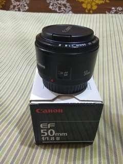 Canon 50 mm F 1.8 mm len.