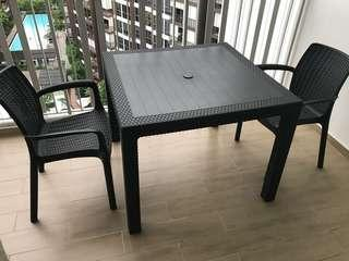 Almost new Balcony outdoor table and 2 chairs