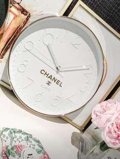Brand new wall clock white and gold