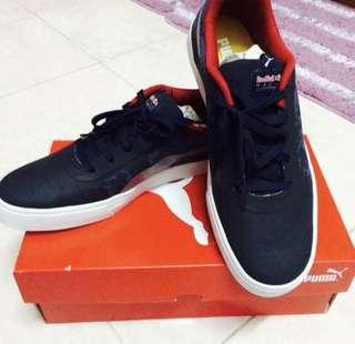 NEW Puma Sneakers Shoes
