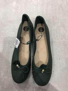 Solemate Green Shoes