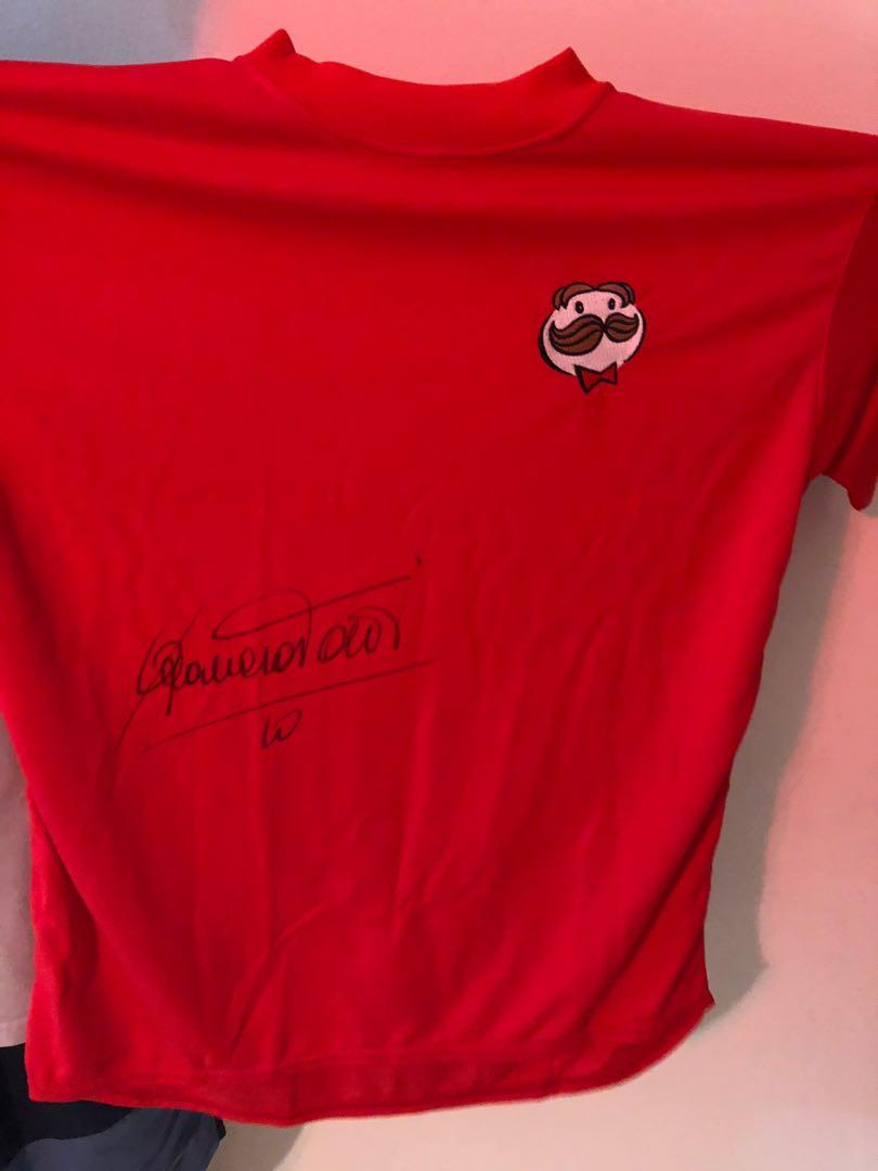 2006 World Cup Pringles Dream Team Weekend authentic signature T-shirt