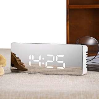 LED Time / Temperature Display Mirror Clock