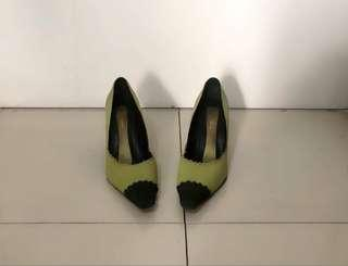 Sepatu hak wanita / wedges / green suede shoes