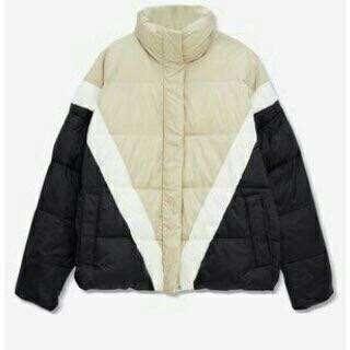 Pull & Bear Color Block Jacket
