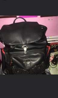 Woman backpack import