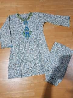 Baju Kurung size 8