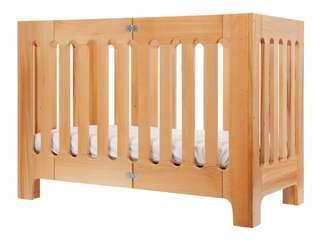 Bloom Alma Papa Foldable and mobile Cot