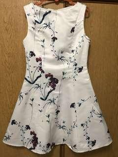 Floral white dress - small