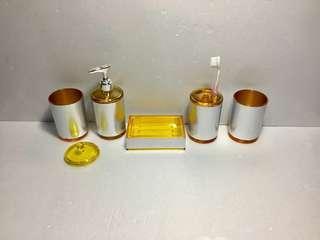🚚 展示商品便宜賣 浴室用品共5個如相片
