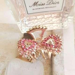🚚 湊人氣 甜美價 韓國買回 粉紅控  全新甜美粉色bling  bling水鑽蝴蝶結 髮夾/公主頭髮夾