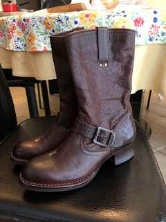 Frye leather boots size 6