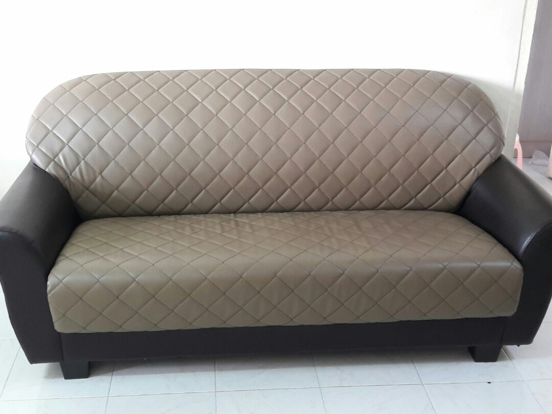 3 Seater Sofa Used In New Condition Coffee Colour Furniture Sofas