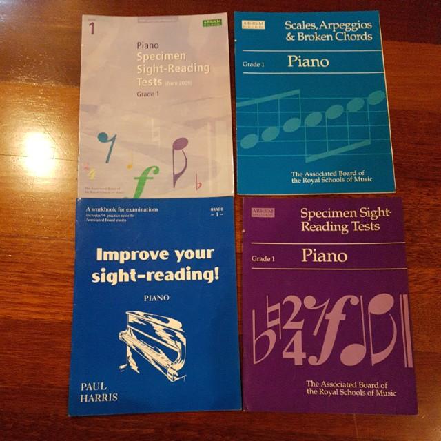 Leermethoden Piano Scales & Broken Chords ABRSM Grade 1 Exam Music Book
