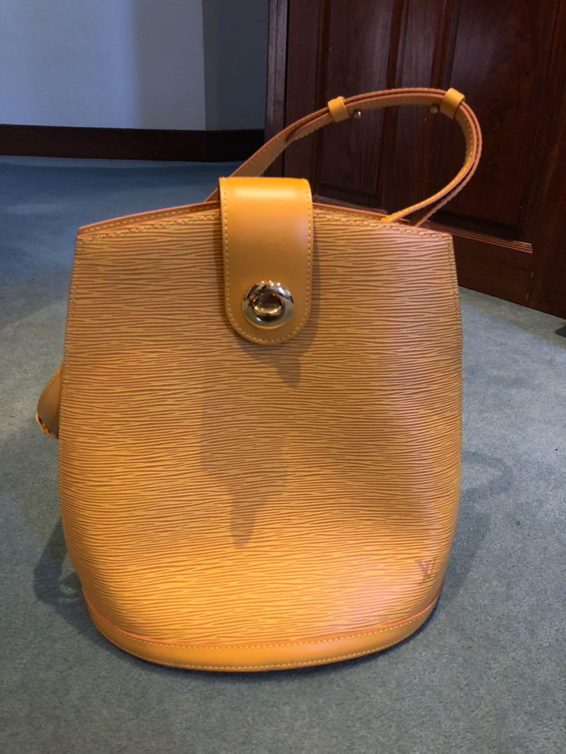 Authentic LOUIS VUITTON Cluny Yellow EPI Leather Shoulder Bag