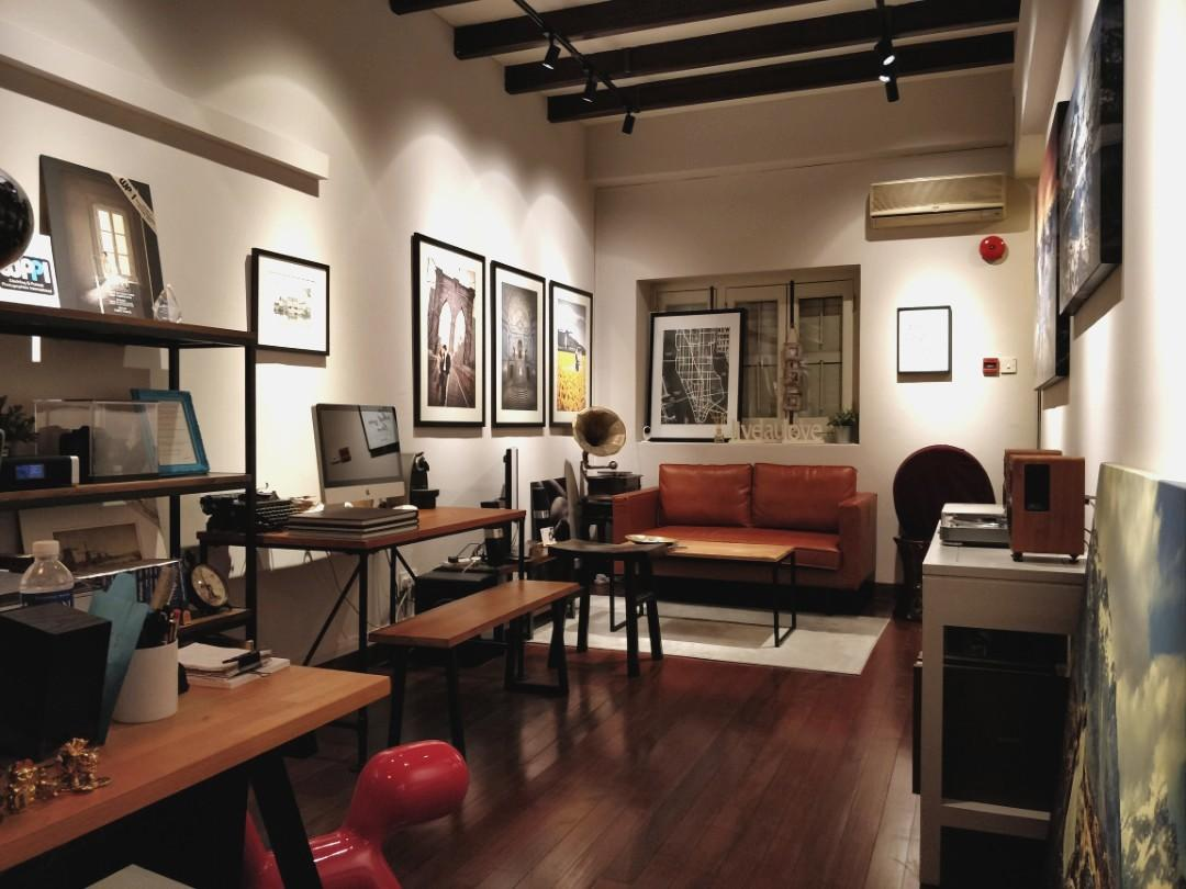Beautifully kept conservation shophouse office studio in Chinatown