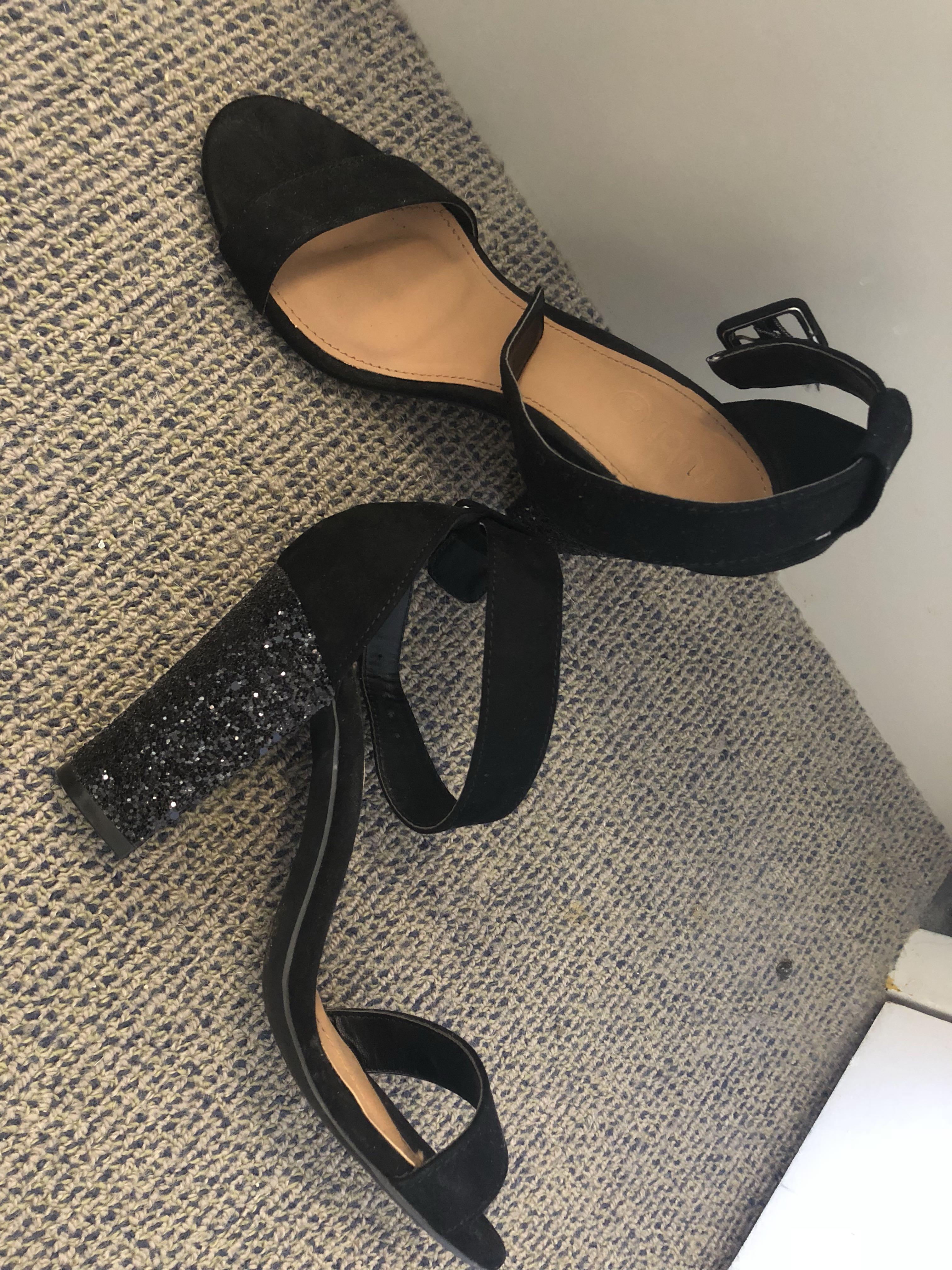 Black sparkle heels sz 38 (7/8)