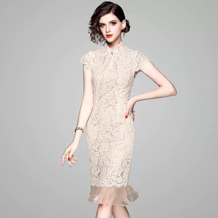 444ac3f9a6 Lace dress flounced detail plus size