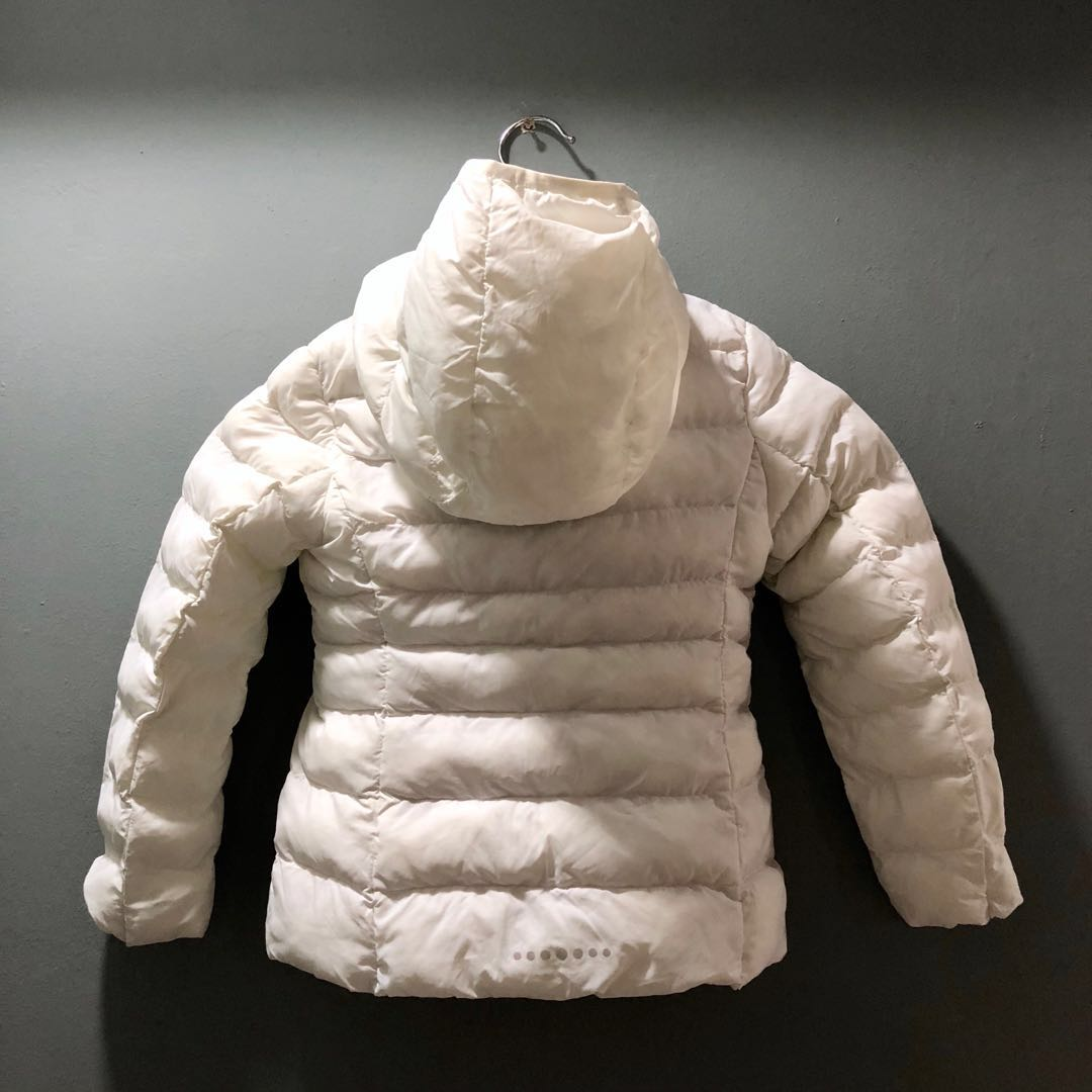 5011638f85d Uniqlo (Size: 110) Kid Winter Down Feather Jacket (White), Babies & Kids,  Girls' Apparel, 4 to 7 Years on Carousell