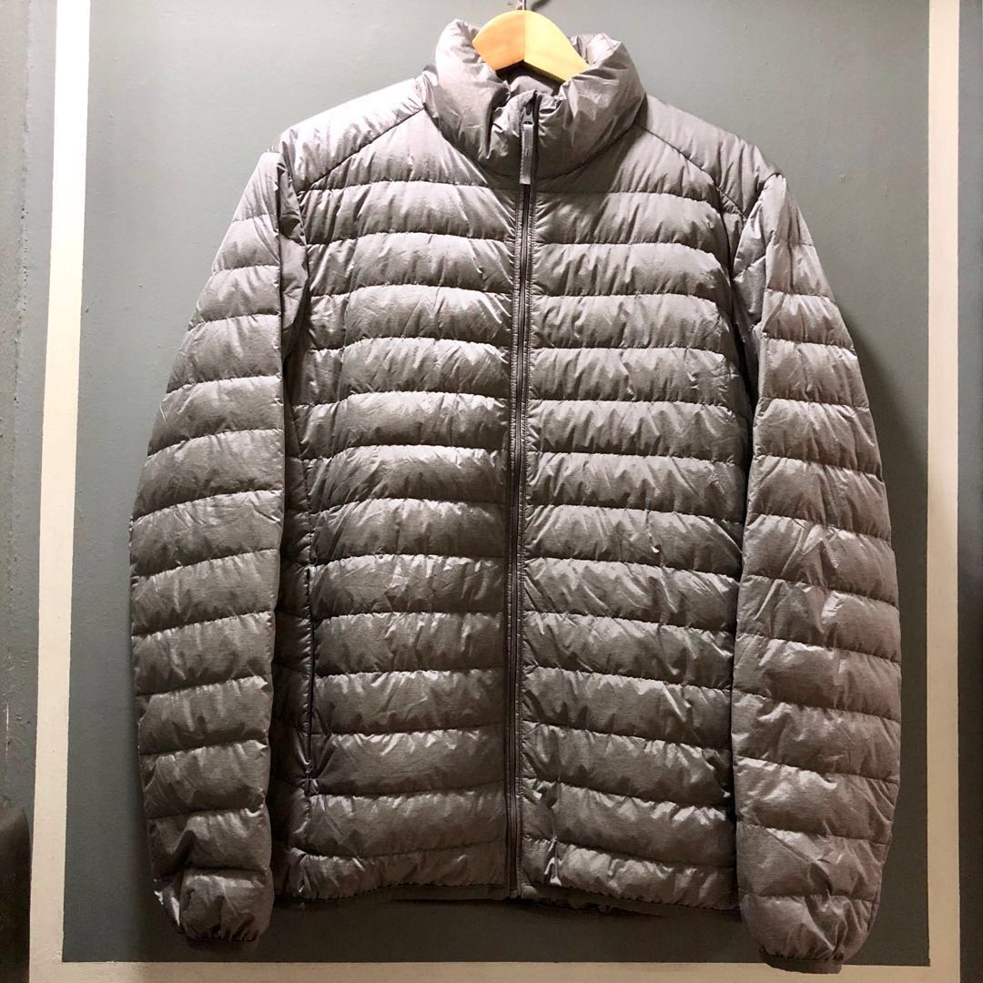 8c2460d214fa Uniqlo (Size  M) Men Winter Down Feather Jacket (Grey)