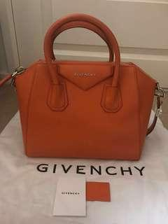 Givenchy Small Antigona Goat Skin