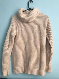 Pink chunky turtleneck knit