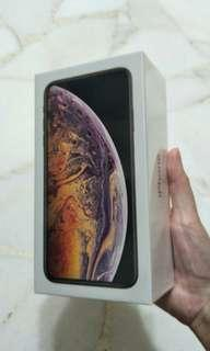 iPhone XS max gold or silver