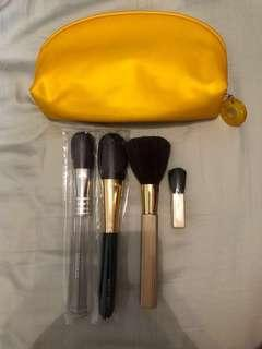 Estee Lauder Makeup Brush