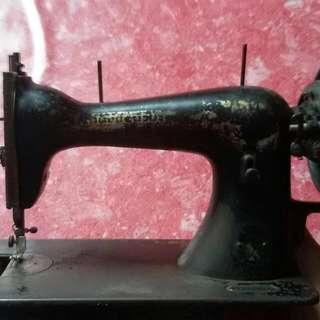 mesin jahit antik SINGER CIRCA TAHUN 1910