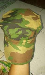 Topi komando us army