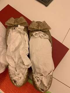 Ferragamo jellies shoes *worn once* SIZE 6