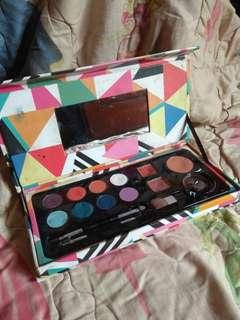 Eyeshadow lips blush PAC seri pallete colour Olympic
