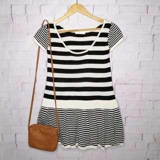 Black & White Striped Knitted Sweater