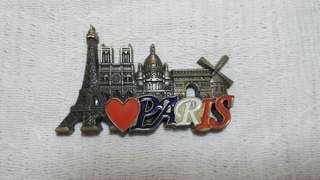 Paris ref magnet